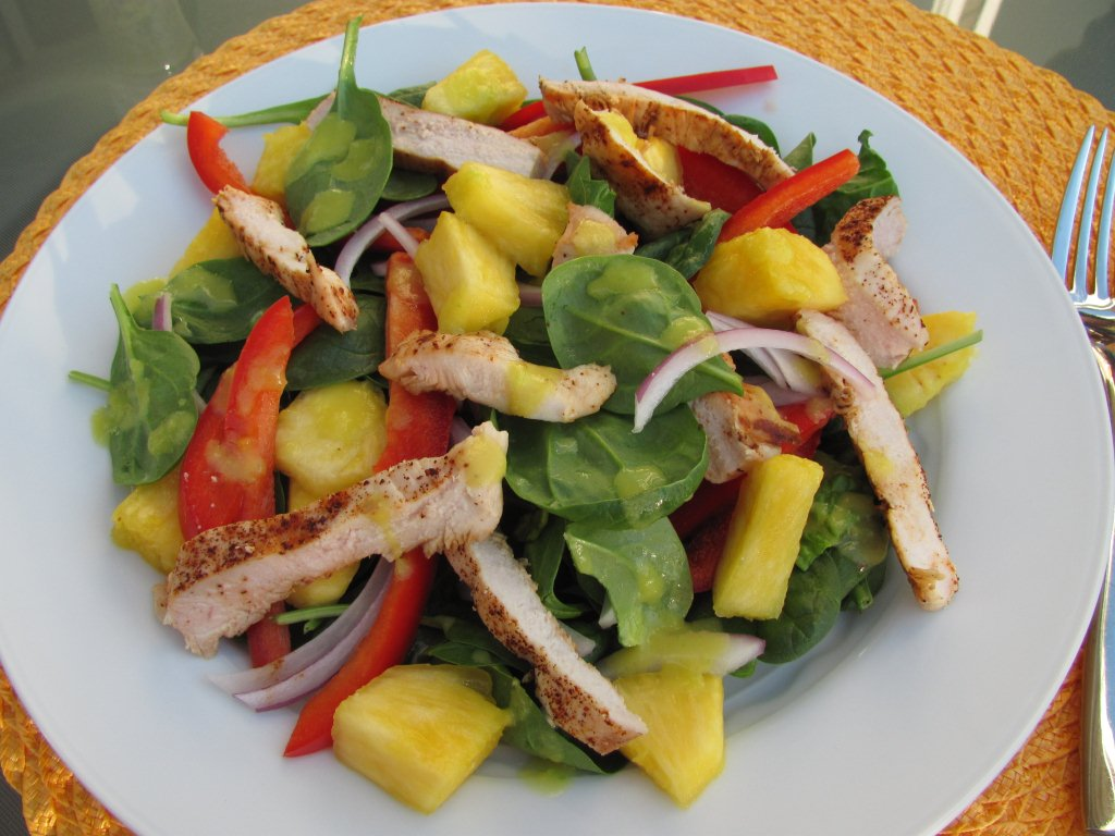 Grilled Chicken and Spinach Salad with Spicy Pineapple Dressing ...