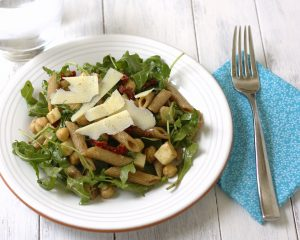arugula salad with penne, chickpeas, and sun dried tomatoes ~ Kristine's Kitchen