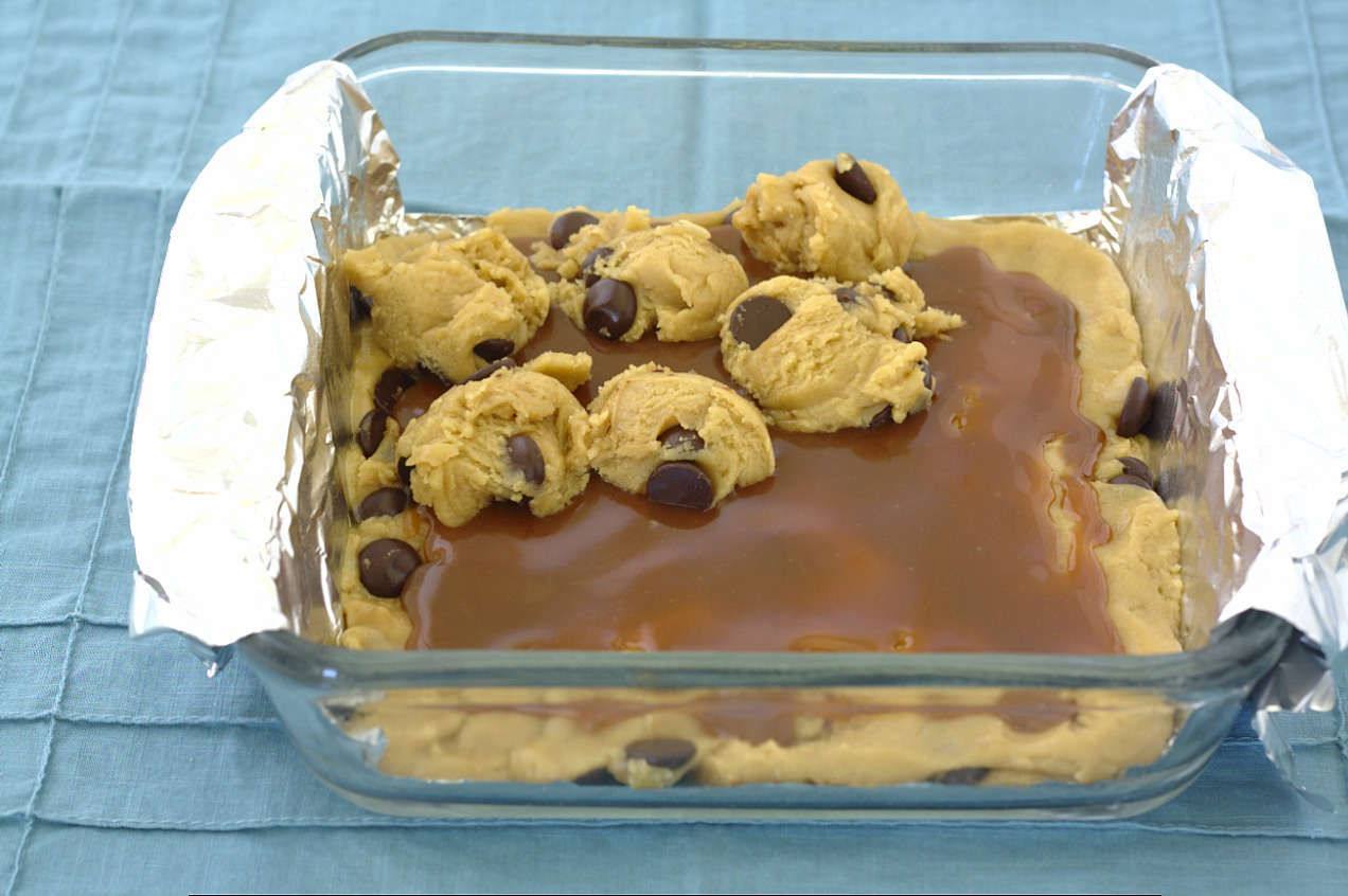 Salted Caramel Chocolate Chip Cookie Bars - Kristine's Kitchen