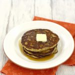 banana, raisin, and oatmeal pancakes_4497