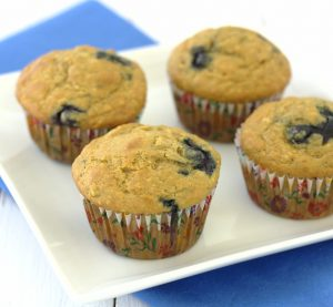 the best (healthy) banana blueberry muffins