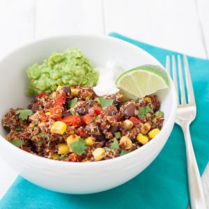 Southwest Quinoa Salad - a healthy lunch or dinner that's full of flavor!