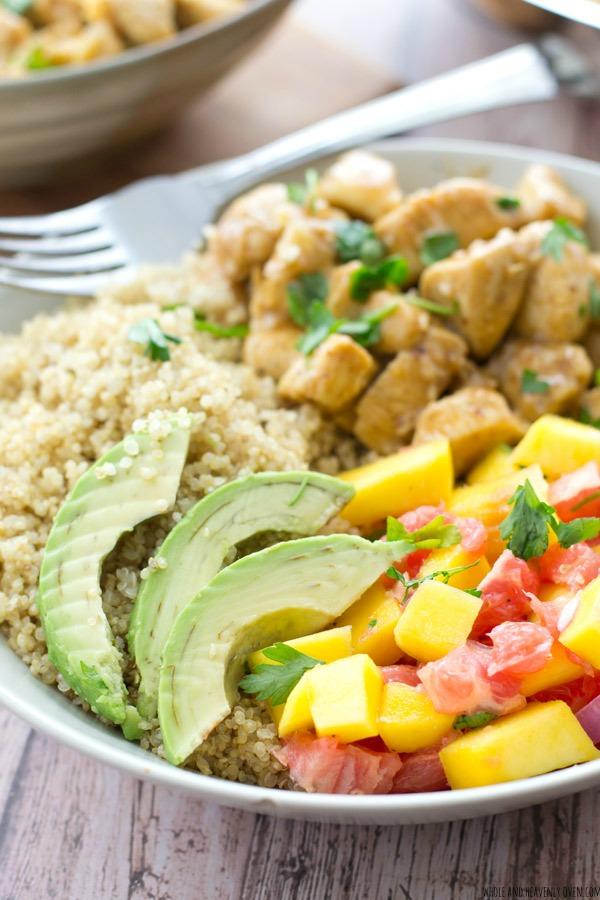 Honey-Mustard-Chicken-Quinoa-Bowls-with-Mango-Grapefruit-Salsa
