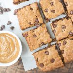 Almond Butter Oat Blondies. Soft and chewy cookie bars with a subtle caramel flavor! Gluten-free.