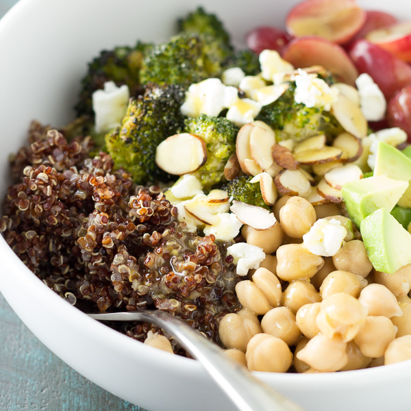 Quinoa and Roasted Broccoli Lunch Bowls