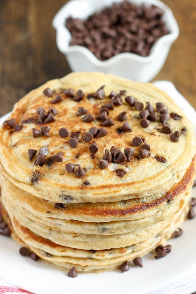 Chocolate-Chip-Greek-Yogurt-Pancakes-3
