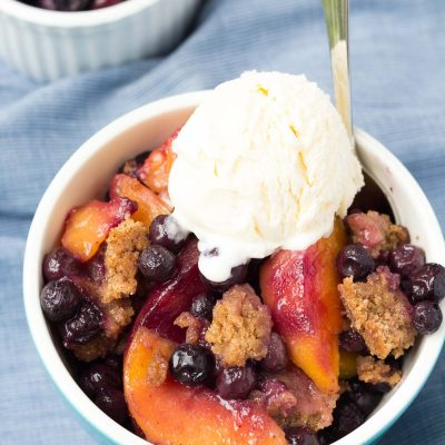 Slow Cooker Blueberry Peach Cobbler