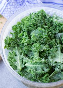 The BEST way to store kale, so that it stays fresh and ready for quick smoothies and salads! Simple tips to make prepping kale as easy as can be! Using this easy method, your kale will stay fresh for up to two weeks!