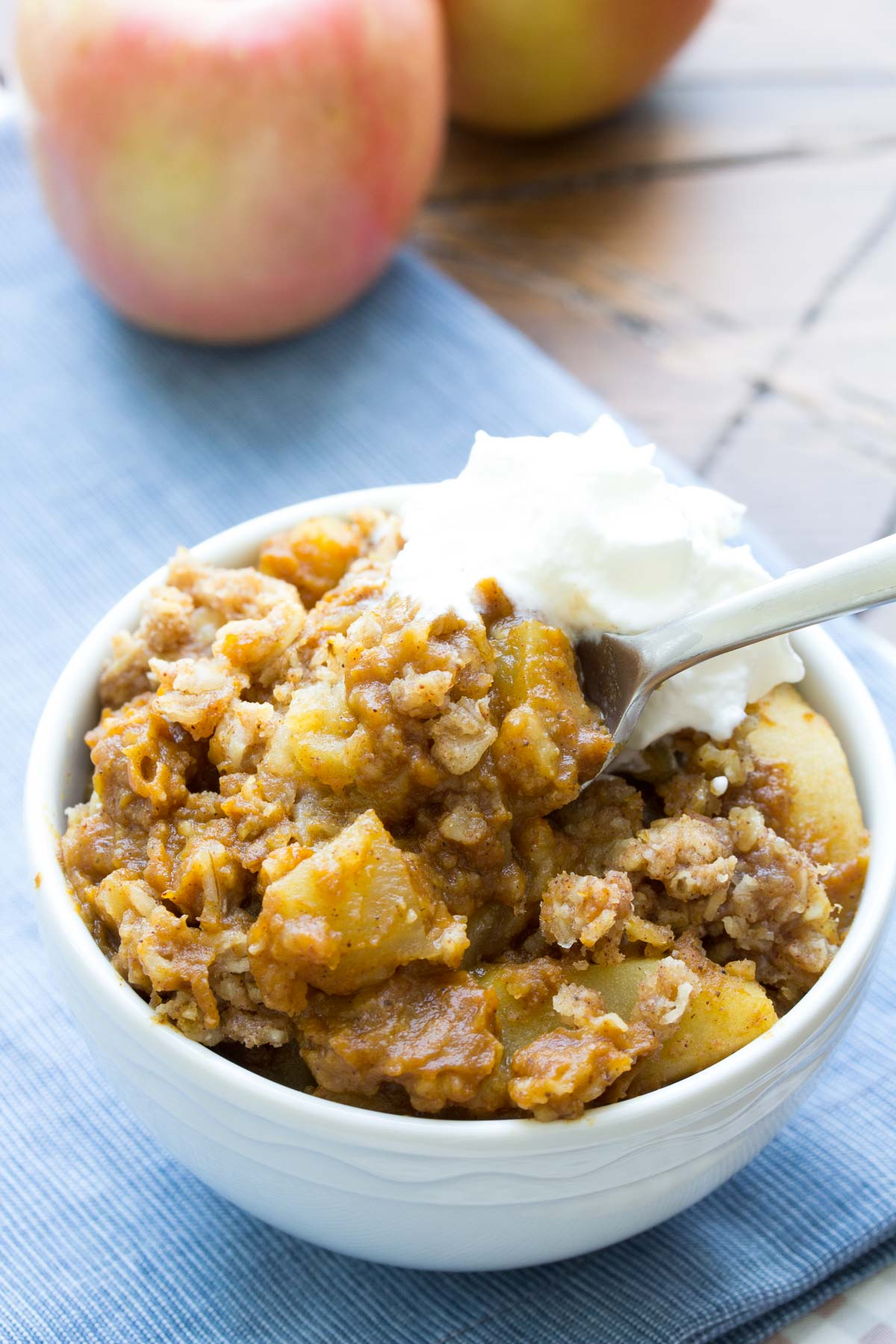 Slow Cooker Pumpkin Apple Crisp! An irresistible combination of pumpkin pie and apple crisp, made completely in your crock pot! | www.kristineskitchenblog.com