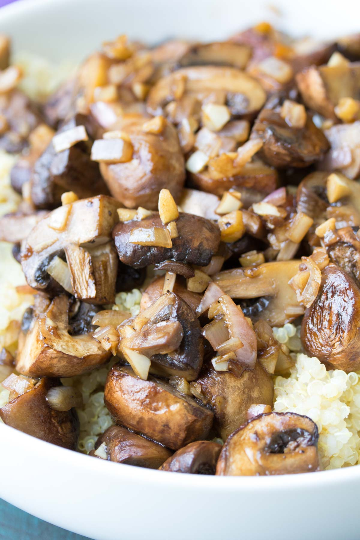 Balsamic Garlic Roasted Mushrooms and Quinoa. An easy holiday side dish recipe, plus ideas for make ahead lunch bowls!   www.kristineskitchenblog.com