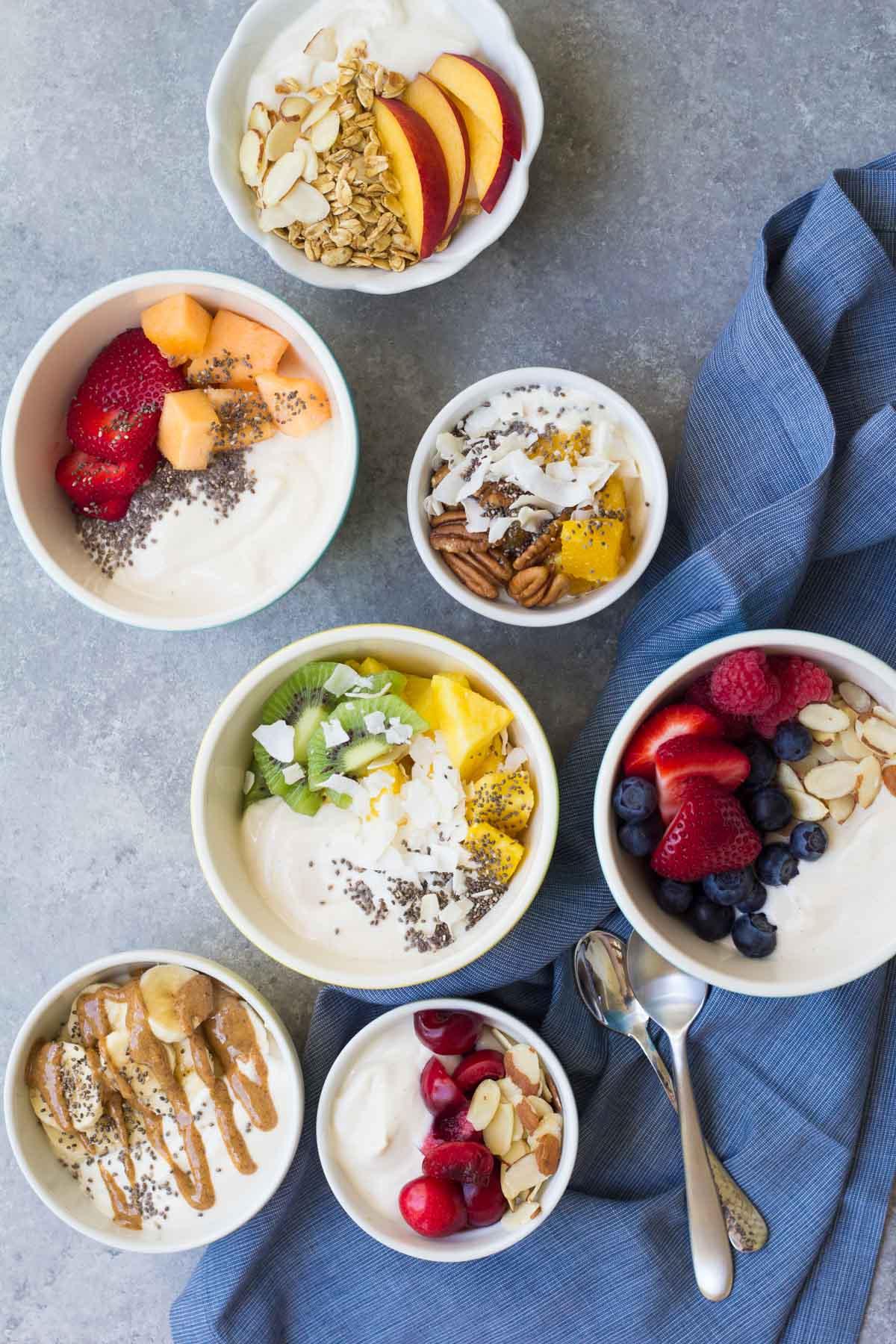 yogurt bowls 1200 4215 1 - Punya Tampilan Serupa, Ini 5 Perbedaan Chia Seed dan Selasih